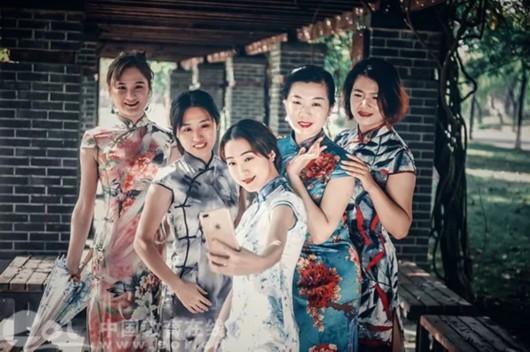 两个月腰围瘦了12厘米!杭州高校女老师穿上旗袍