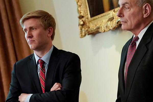 美媒:特朗普招揽彭斯助手接替白宫幕僚长,希望他能干满两年