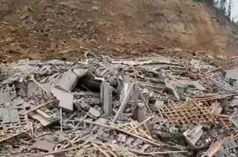 四川泸州叙永山体滑坡:8人获救 3人遇难