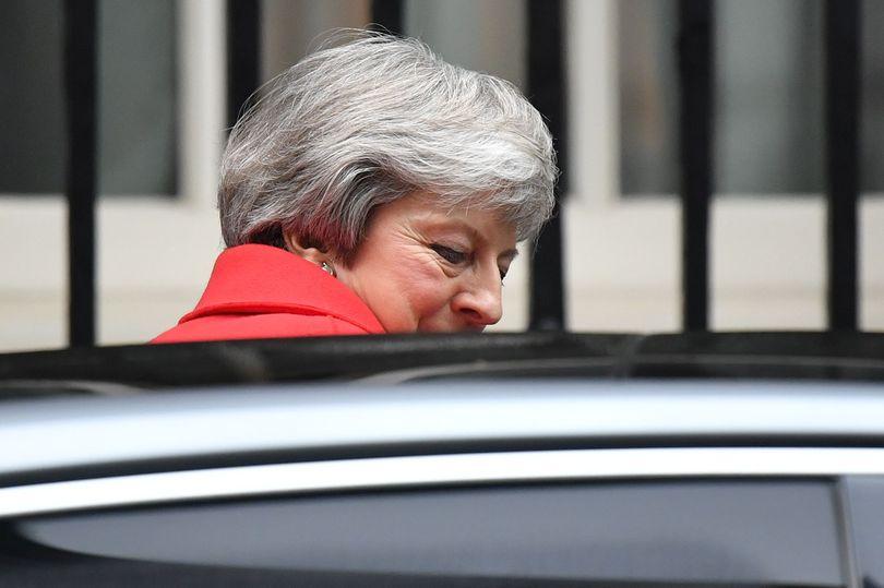 """梅姨不顾可能下台危险,""""脱欧协议投票""""仍将如期举行?"""