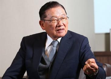 """江丙坤辞世:曾8次会晤海协会会长 促成两岸全面""""三通"""""""