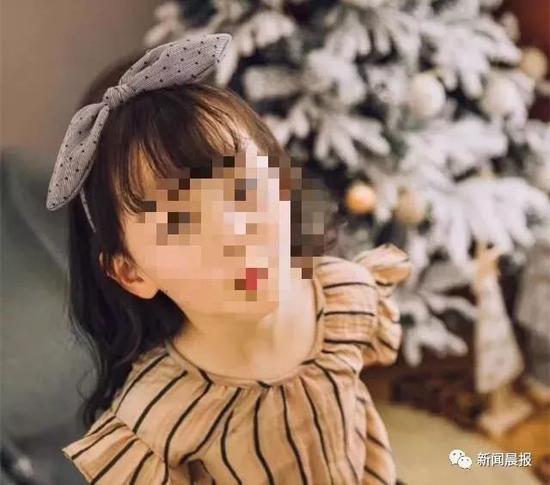 6岁女童被试衣镜砸到身亡:镜子与墙壁无钉铆痕迹