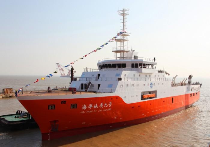 海洋地质九号船满周岁 驰骋2.5万余海里获丰硕成果
