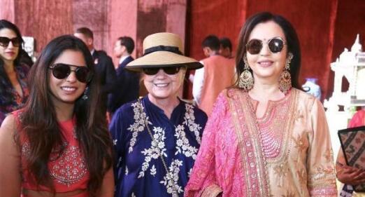 印度首富嫁女排场奢华 碧昂丝献唱希拉里座上客