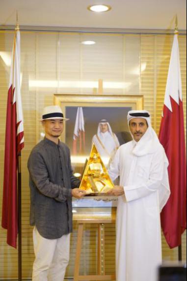 中国艺术家徐彬觉一作品亮相卡塔尔王室