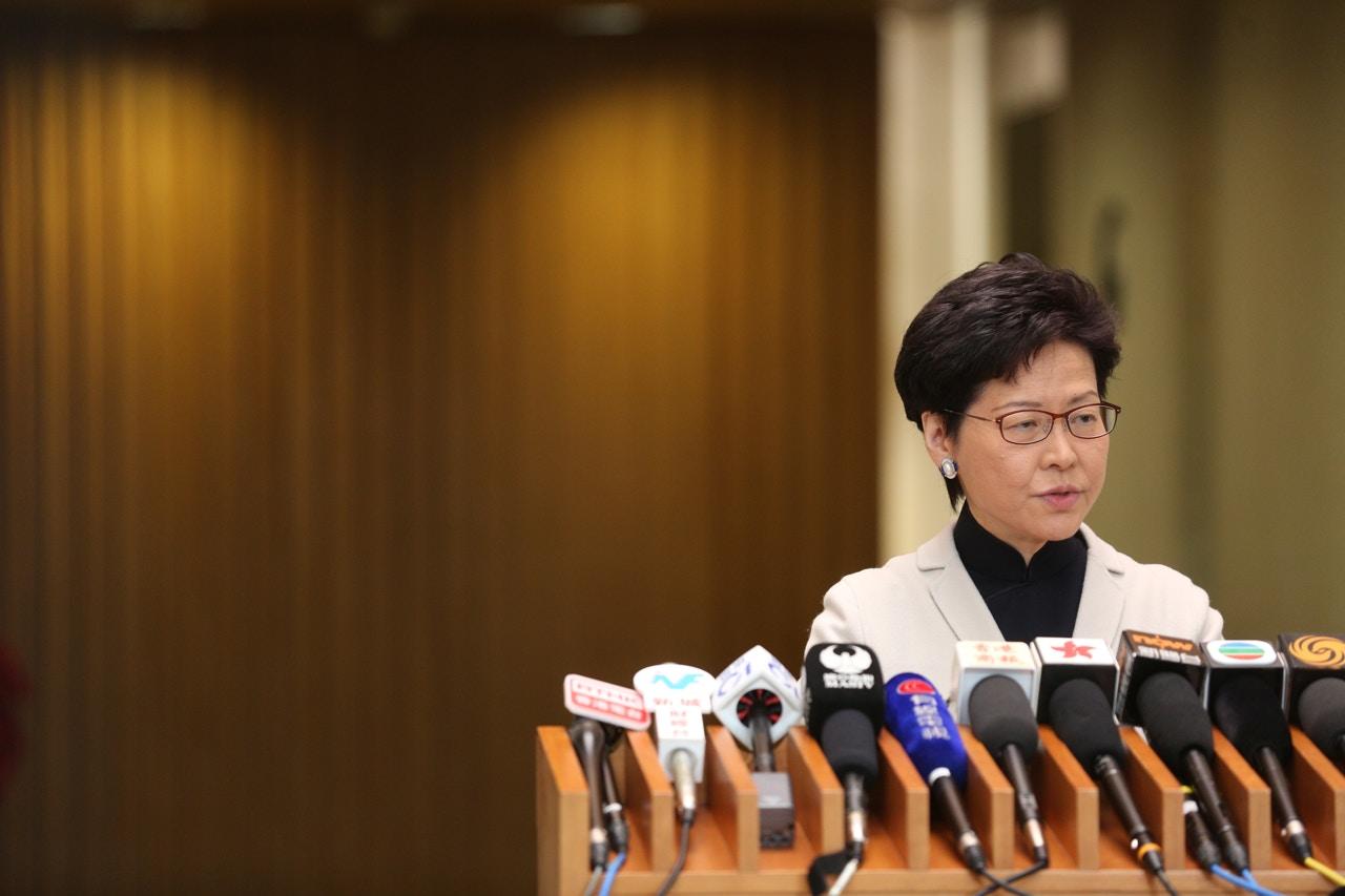 林郑月娥首度回应孟晚舟护照情况:她任何时候只持有一本有效香港护照