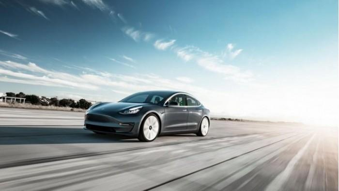 马斯克:3.5万美元版Model 3预计5个月后开产
