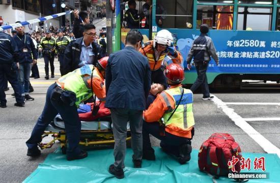 香港北角车祸3伤者情况危殆 专家:校巴冲力近14吨