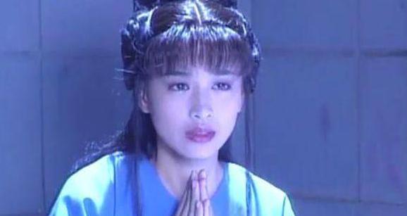 她曾是赵雅芝配角, 4年后让赵雅芝做配角, 网友:谁更胜一筹