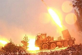 捷克陆军演练 坦克装甲车齐上阵容强大