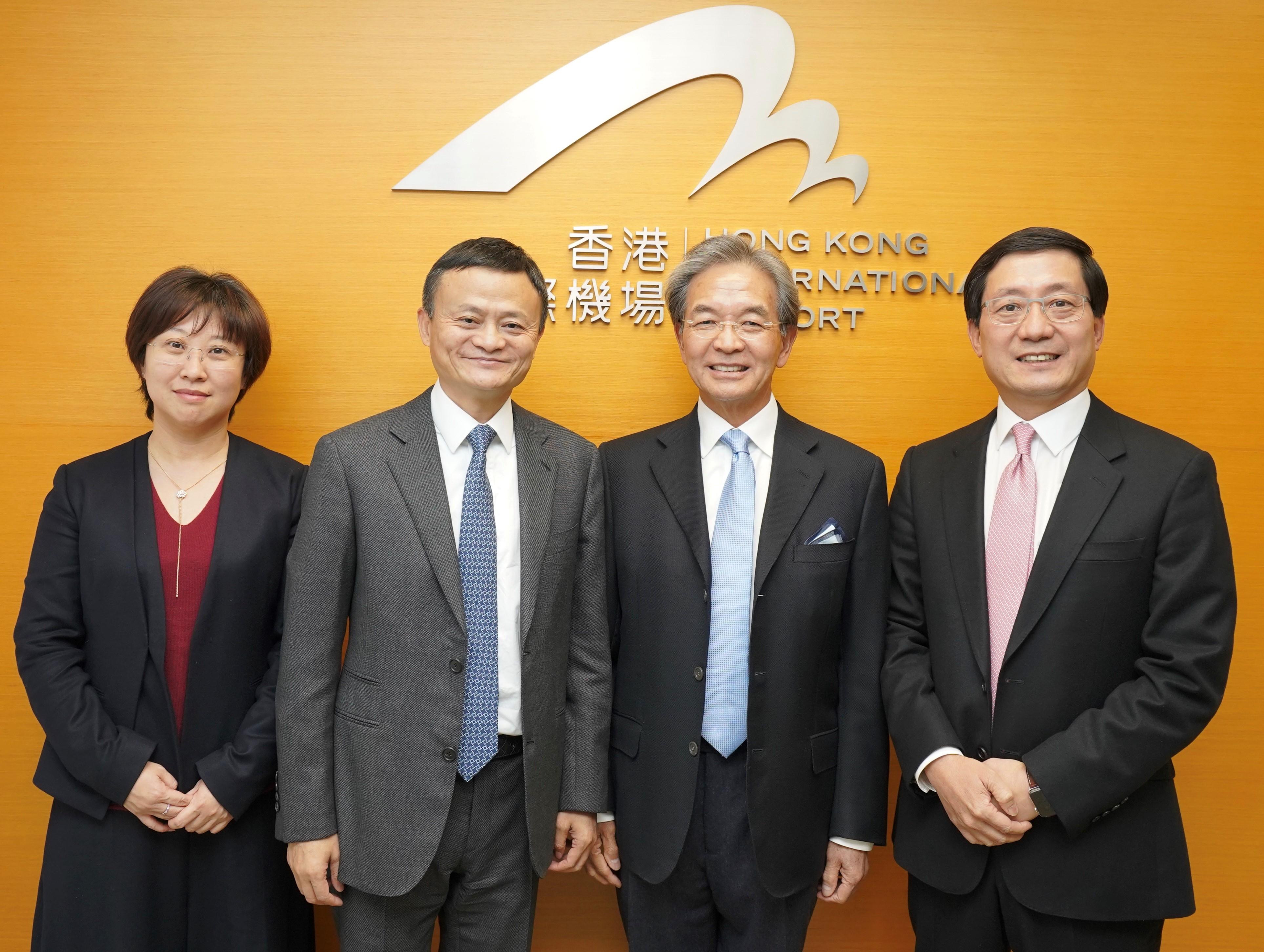 强化世界贸易中心地位  香港各界热评菜鸟骨干网
