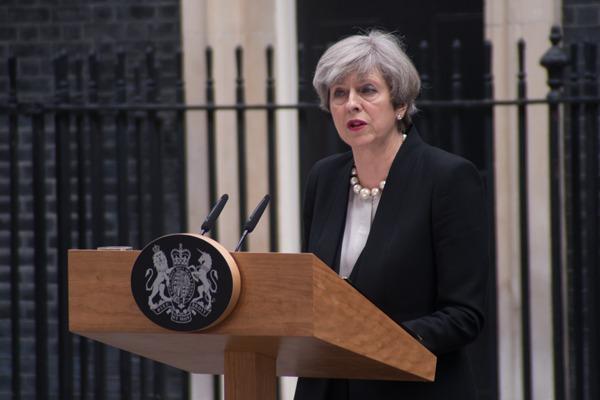 脱欧风波再掀一浪!英国首相特雷莎·梅接受不信任投票
