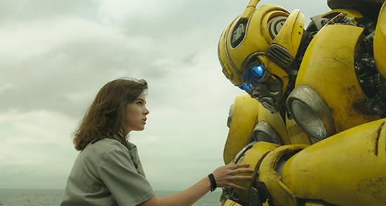 《大黄蜂》角色特辑 海莉斯坦菲尔德演绎女主角
