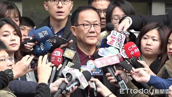 """台媒:台北""""幽灵选票""""泛滥 丁守中欲向台当局申请赔偿"""