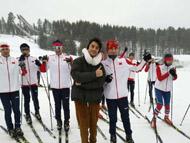 王凯探访冬奥国家队集训地 合照不停超暖心