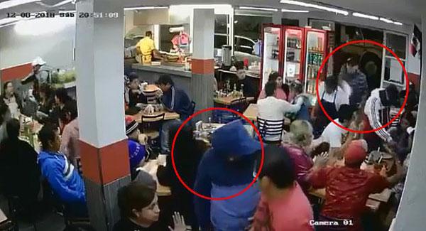 墨西哥四名蒙面男子进餐厅抢劫 当地警方却无作为