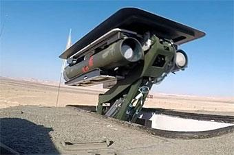 以色列测试最新无人炮塔系统 发射导弹