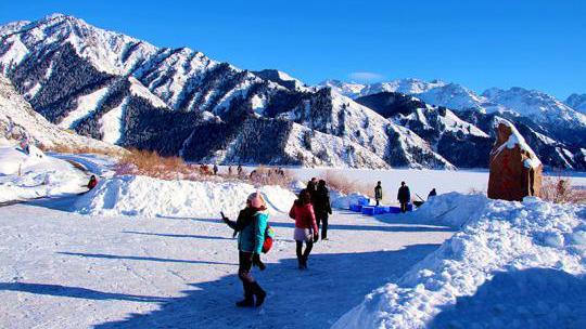 冰雪旅游正成为公众消费旅游新业态