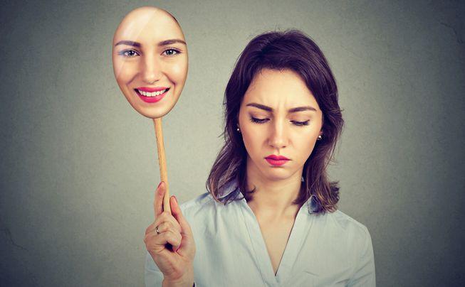 内向者如何在外向性社会中生存? 自我接纳是关键