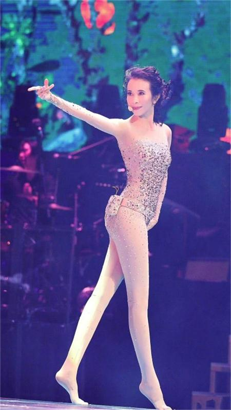 林志玲、莫文蔚、唐嫣、谢九儿,这些女演员都是腿精!