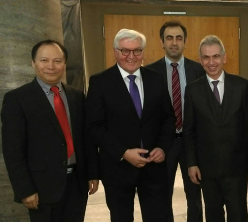 德国新总统当选前接见首位华人州参议员杨明先生