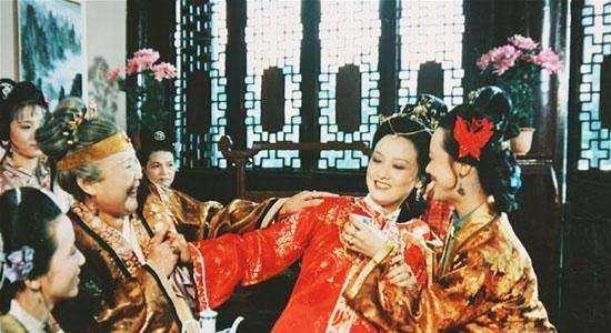 她戏演得好,拍完87版《红楼梦》后,王扶林导演又找她合作了三次