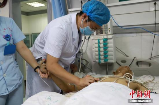 武汉大学中南医院恶性伤医事件续:受伤医生仍在抢救