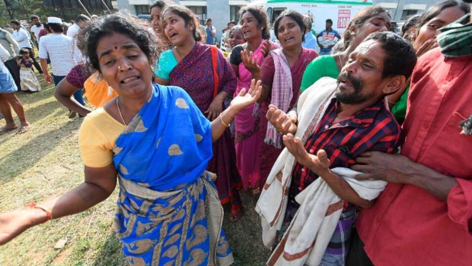 印度发生宗教食物中毒事件,至少11人死亡