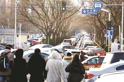 街道吹哨 安贞路扩容六车道