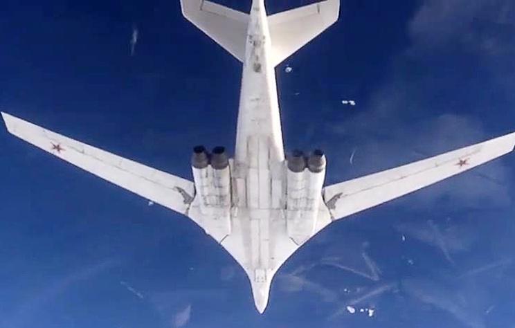 俄战机从委内瑞拉回国 曾飞美国