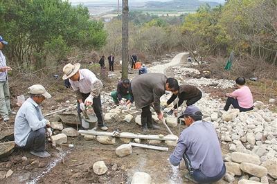 宁海道士塘村民 自发修筑游步道