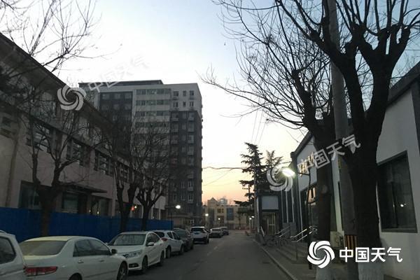今天北京南部仍有霾午后好转 下周天气晴好气温回升