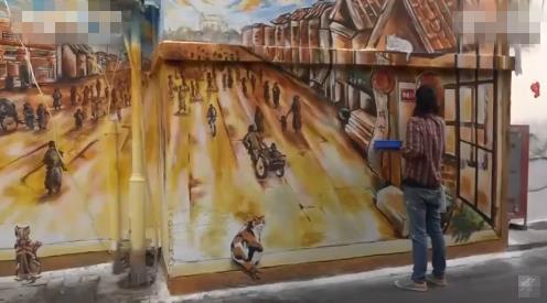 北京胡同一面网红涂鸦墙变杂物墙 杂物印记难清理