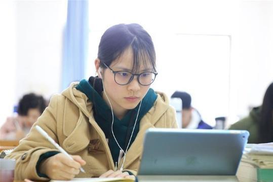 2019天下硕士研应考试行将开考 考研门生备考忙