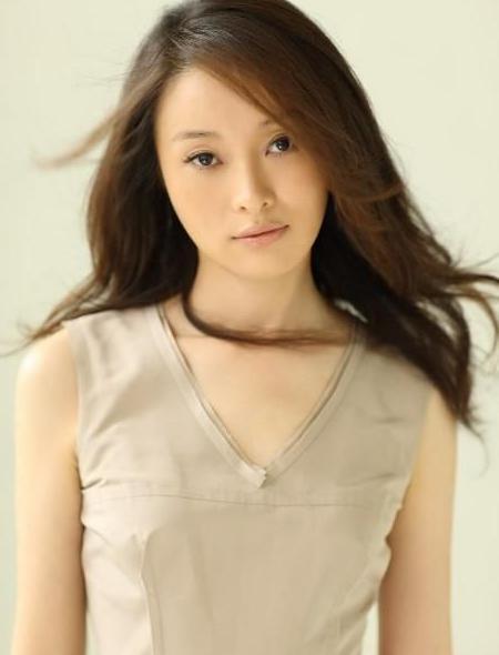 曾与陈建斌同居多年,今46岁仍单身貌美,网友:太低调了