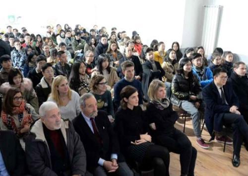 米兰举办留学生安全知识讲座 强化平安留学意识