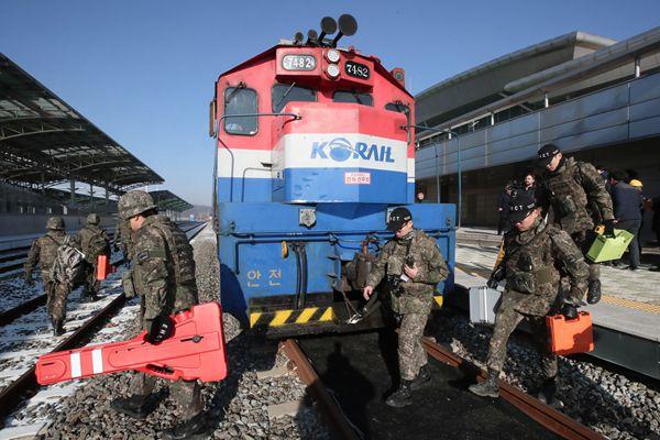 在朝行驶2600公里 韩列车完成朝韩铁路联合考察南下返回
