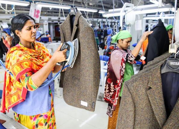日媒:美国发起的贸易战给服装生产国带来红利