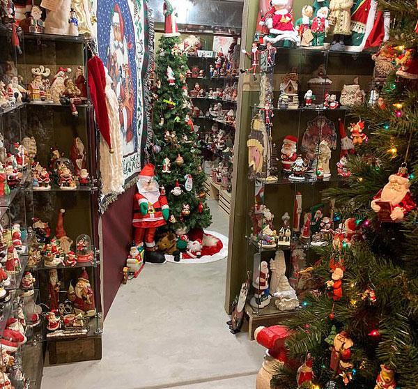 美夫妇开放住所向公众展示6000件圣诞收藏品