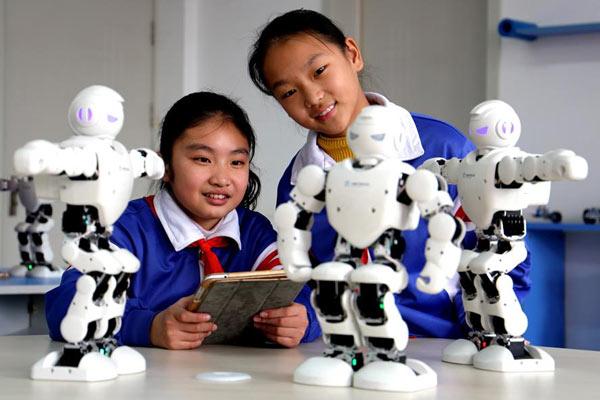 河北:科技课堂丰富校园生活