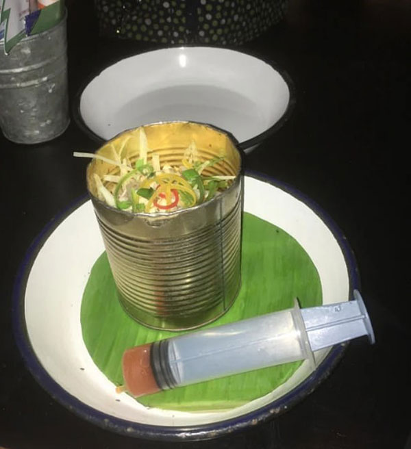 盘点餐厅奇葩盛菜餐具 让人无力吐槽