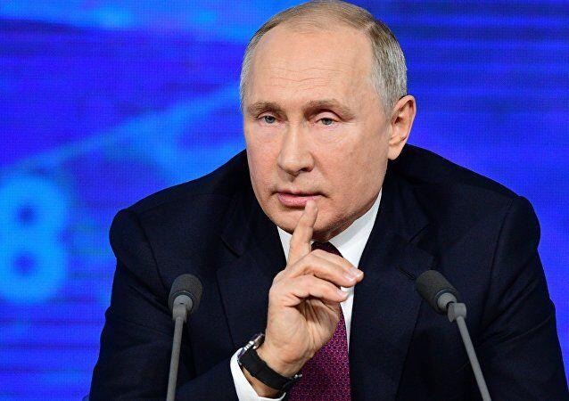 """普京:同意特朗普""""击败IS""""看法,不确定美军是否会真撤出"""