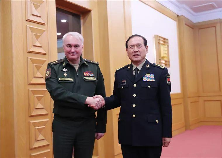 魏凤和会见俄罗斯国防部副部长