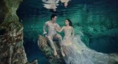 阿娇水下婚纱照曝光,身穿白纱宛如仙子,跟老公赖弘国深情对望!