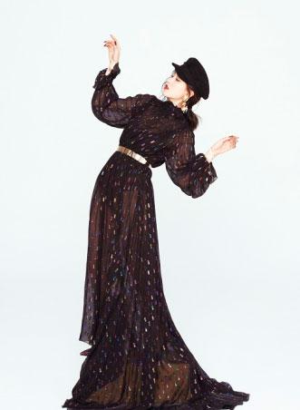 李嘉格首张专辑《奇妙她》撞档上线