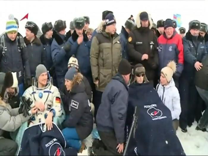 俄罗斯载人飞船成功从空间站返回地面