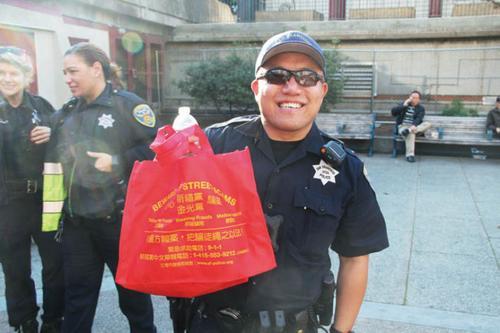 美媒:旧金山金光党骗案猖獗华裔频上当 被骗财物难追回