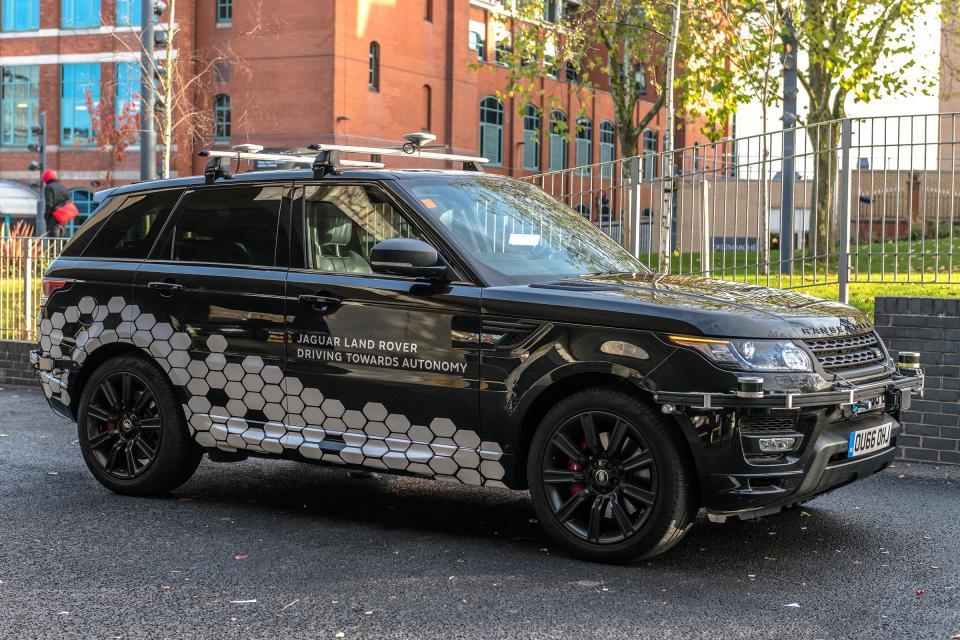 英国制定智能汽车网络安全准则 防止黑客攻击