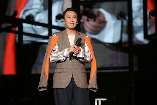 """张信哲深圳开唱 与歌迷共度""""最长的夜晚"""""""