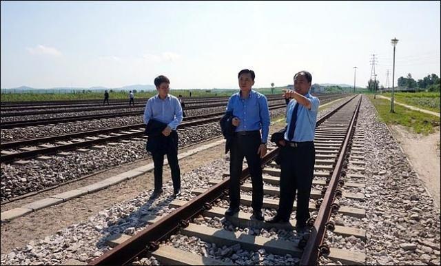 朝韩铁路对接开工仪式前一天 联合国豁免相关